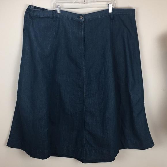 49edabda71a Roaman s Size 32 Women s Denim Skirt Fly Front. M 5aa82f9ba4c48576dff51b16